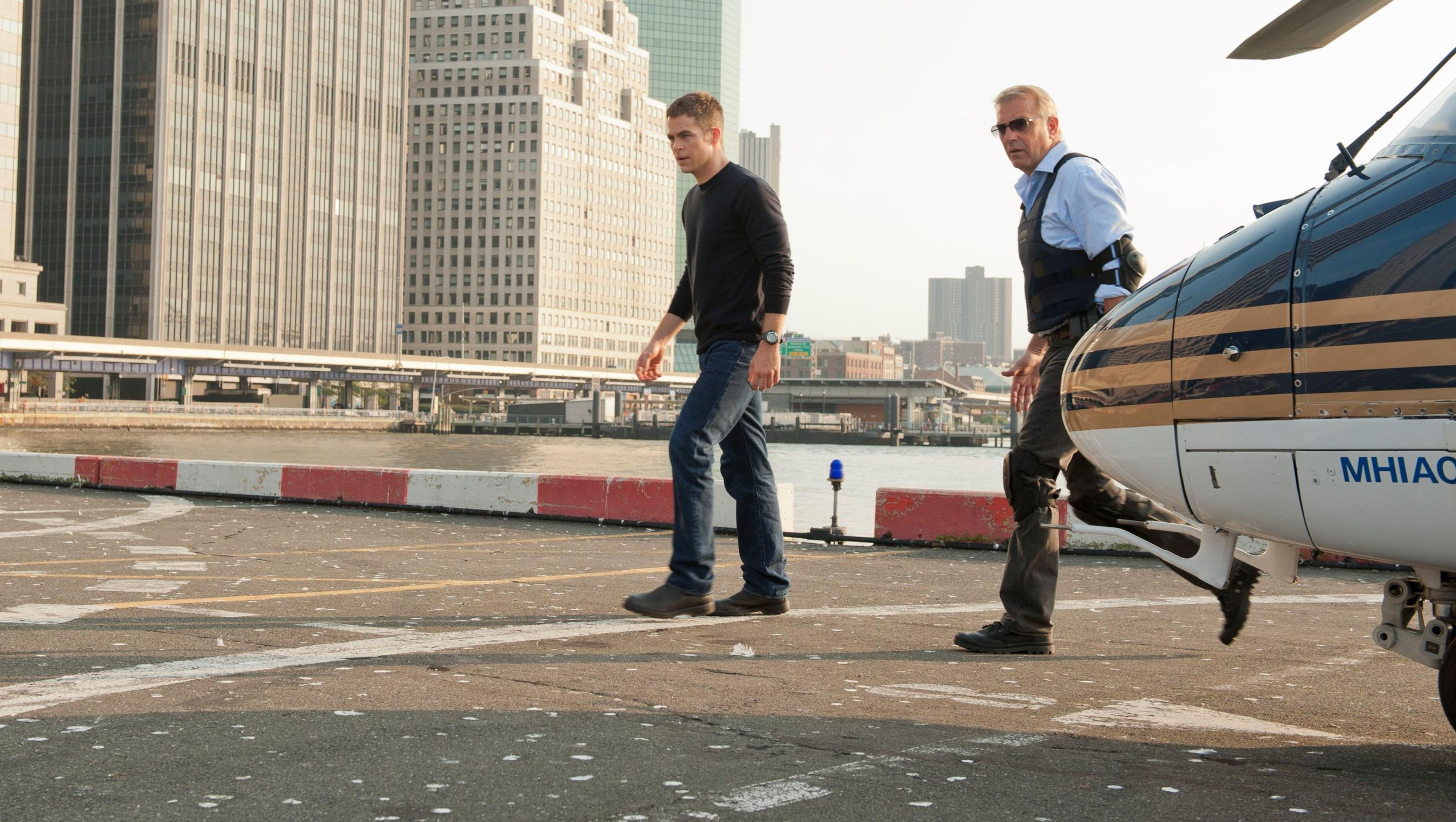 "Wallpaper for ""Jack Ryan: Shadow Recruit"" (2014)"