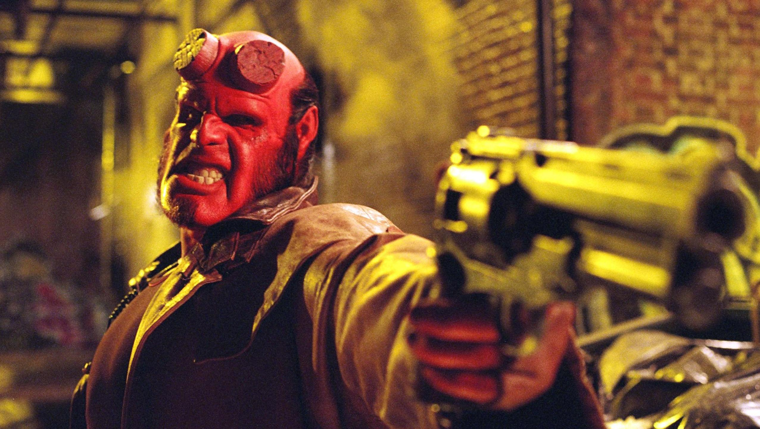 "Wallpaper for ""Hellboy"" (2004)"