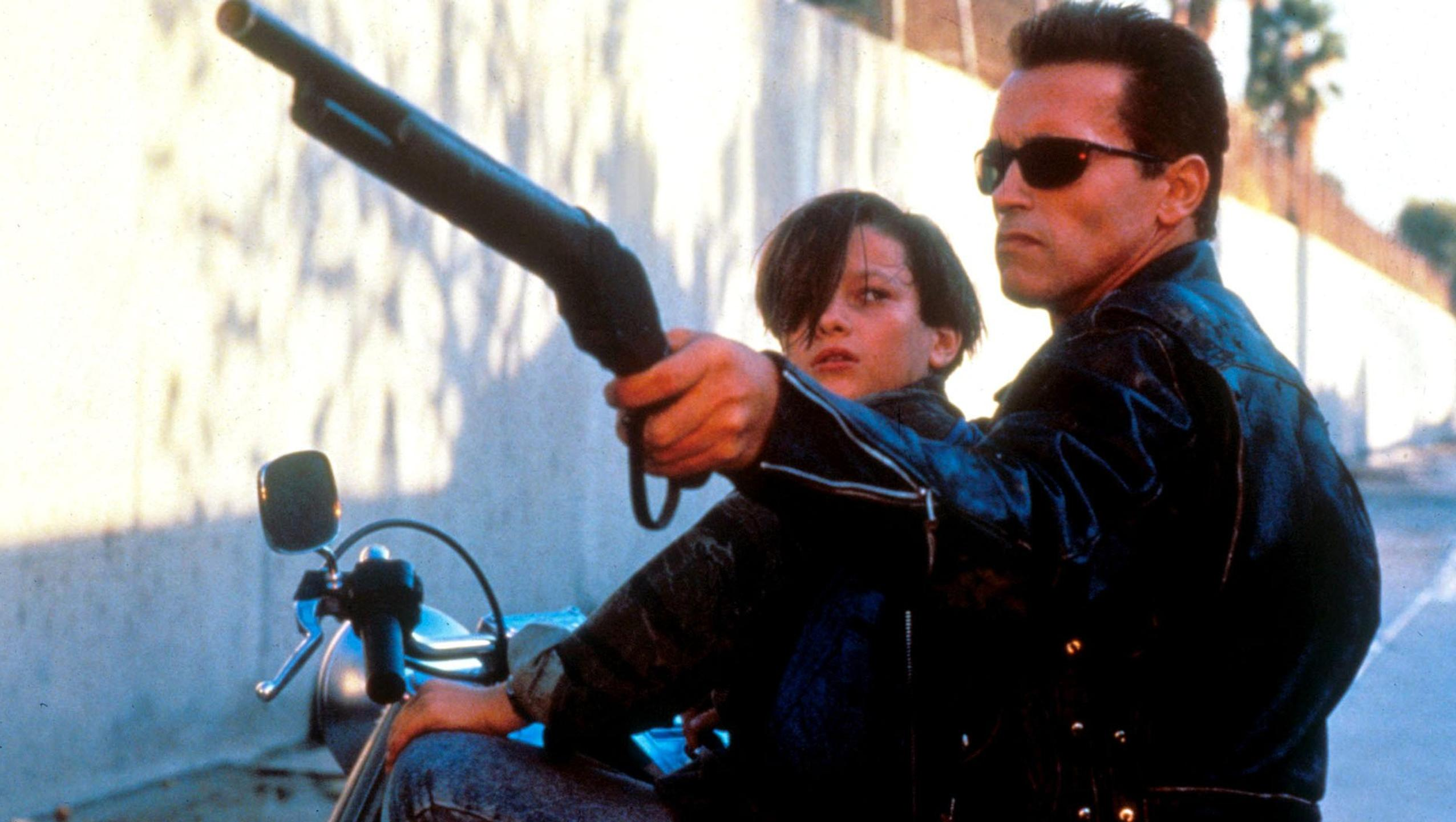 "Wallpaper for ""Terminator 2: Judgment Day"" (1991)"