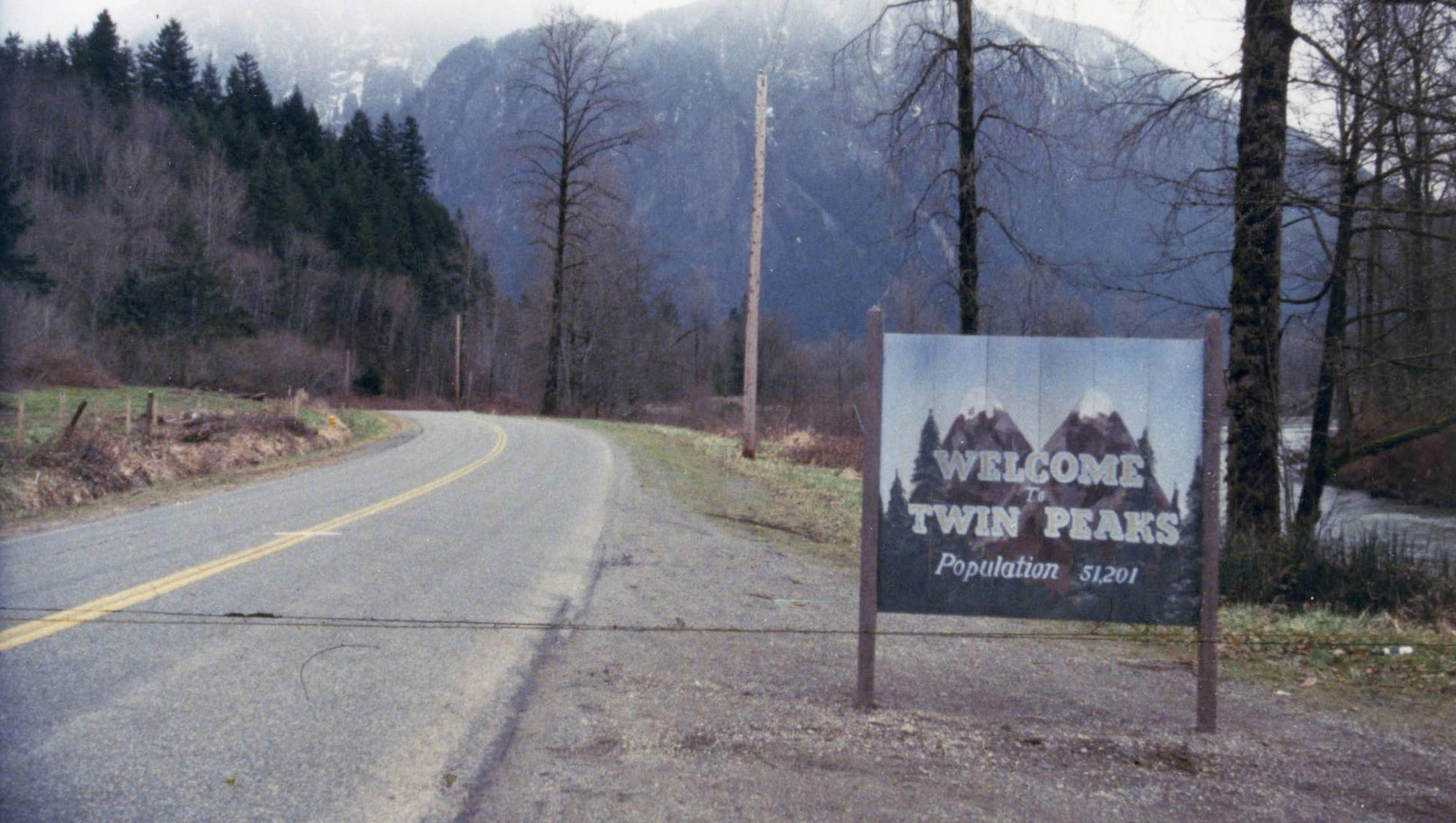 "Wallpaper for ""Twin Peaks"" (2017)"