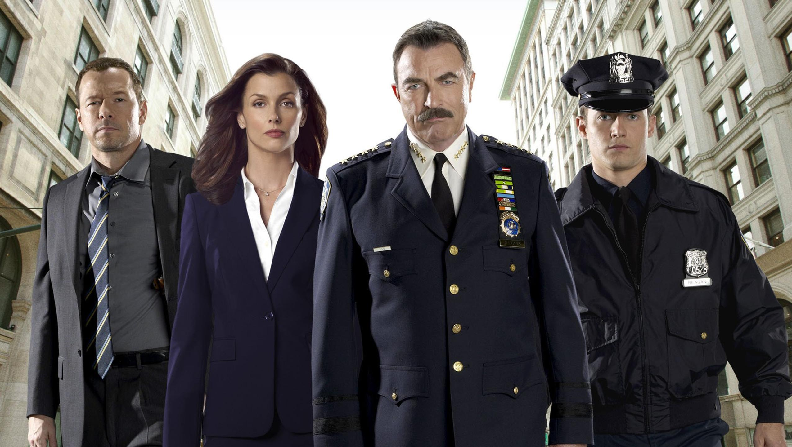 "Wallpaper for ""Blue Bloods"" (2020)"