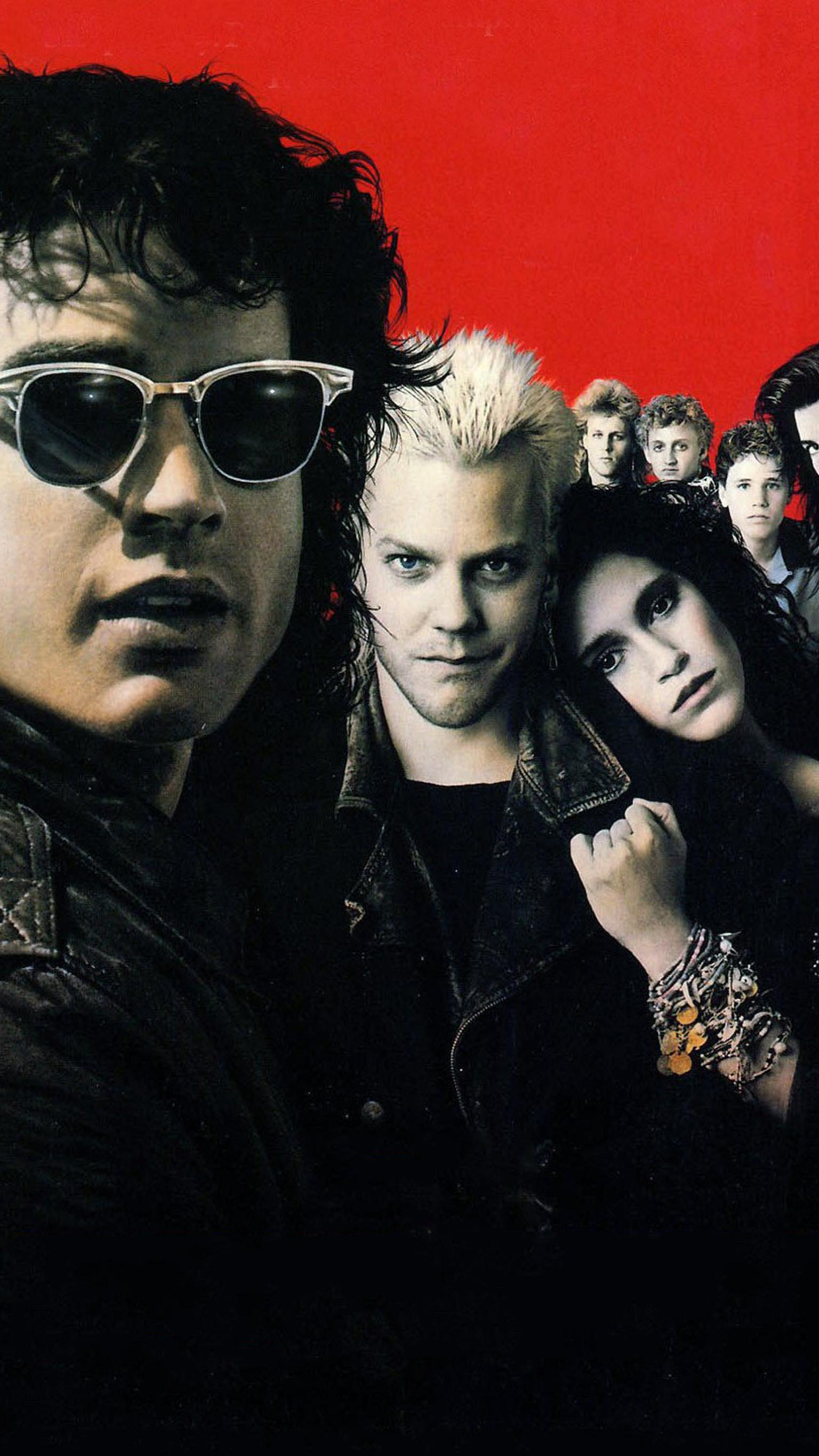 "Wallpaper for ""The Lost Boys"" (1987)"