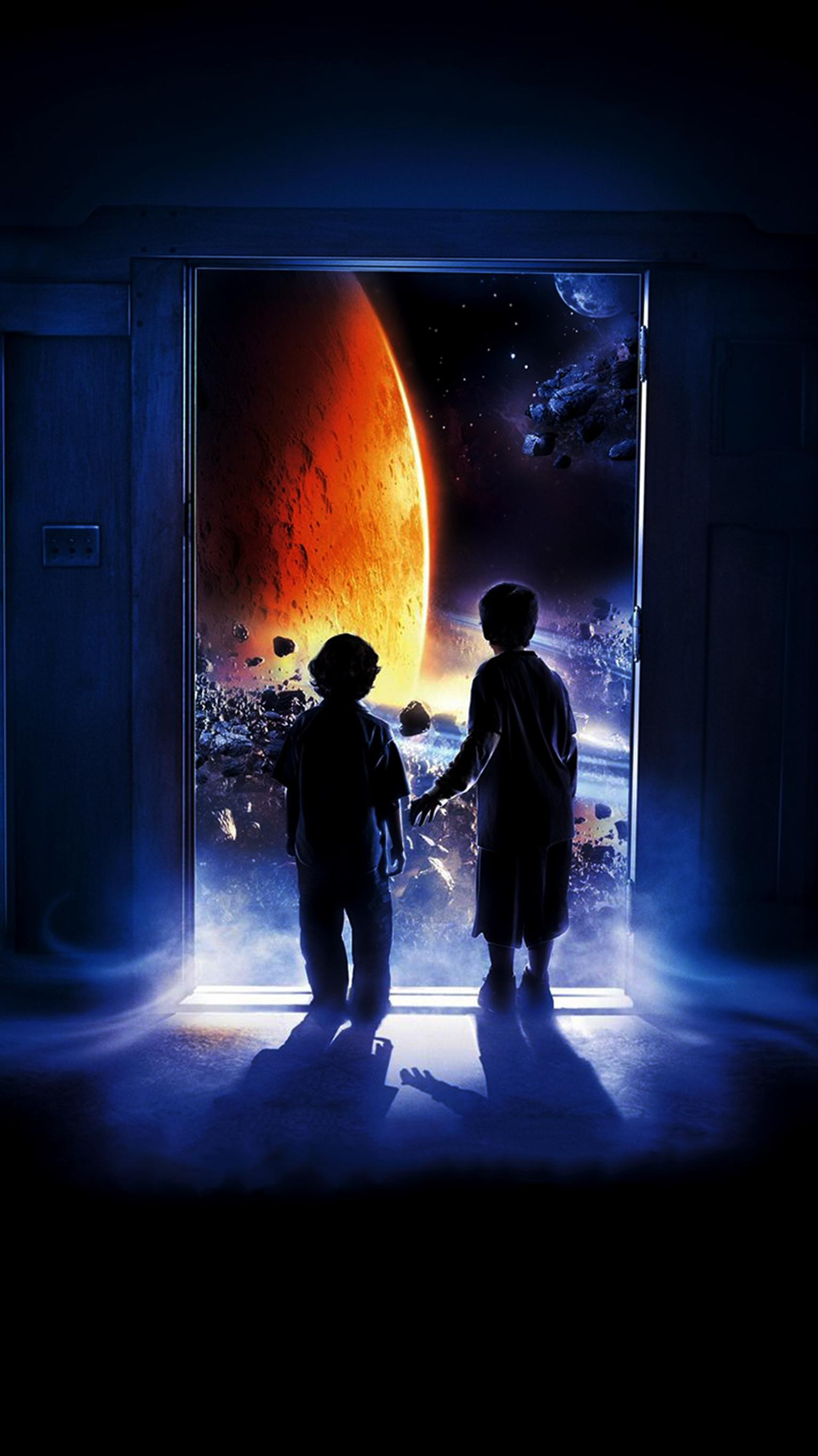 "Wallpaper for ""Zathura: A Space Adventure"" (2005)"